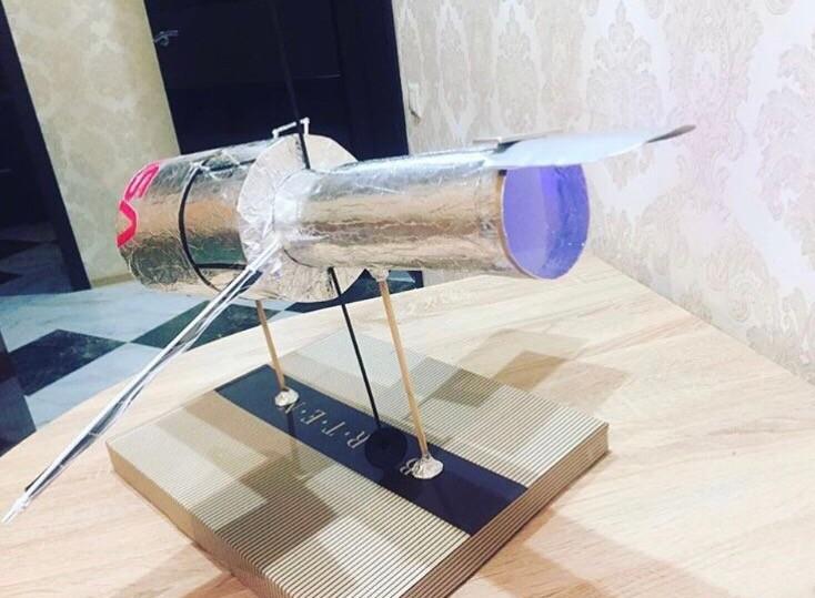 Макет орбитального телескопа ХАББЛ